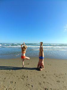 joga na plazi